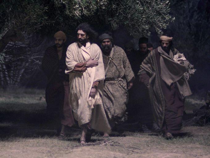 Jesus heads to the garden