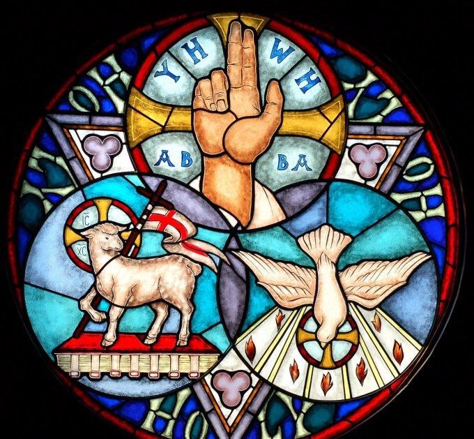 Holy Trinity 02